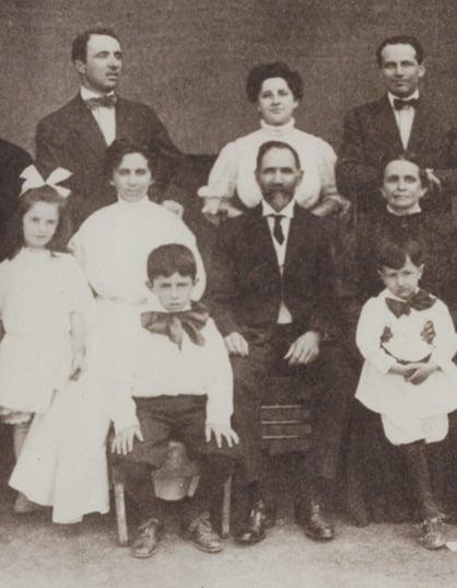 balinky-family-circa-1908-cropped